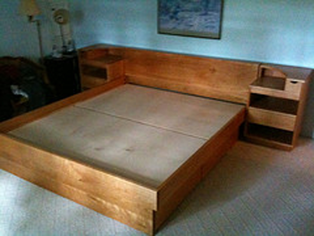Eastham Platform bed